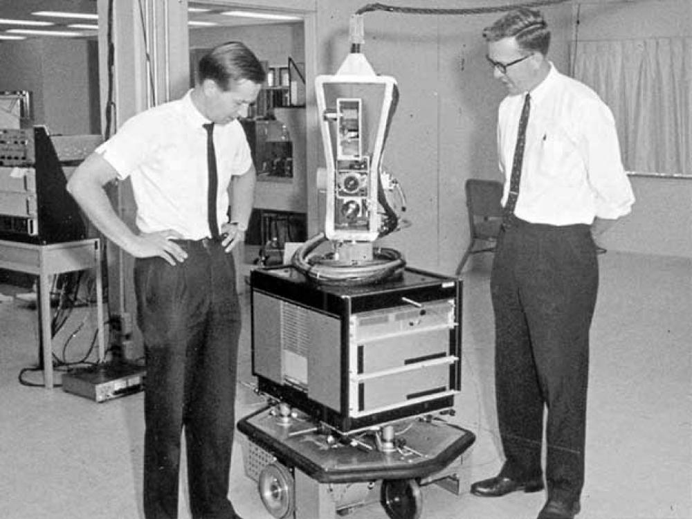 Öncü otonomi ve yapay zeka çalışması: Shakey