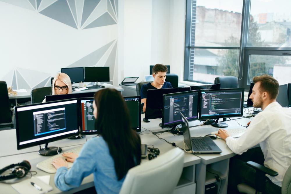 Yazılım Bootcamp'leri Yeni Nesil İşgücü İçin Gerekli Yetkinlikleri Kazandırıyor